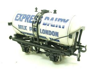 "Ace Trains O Gauge GM1 ""Express Dairy"" Milk Tanker Wagon image 3"