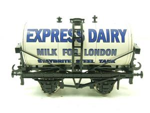 "Ace Trains O Gauge GM1 ""Express Dairy"" Milk Tanker Wagon image 4"