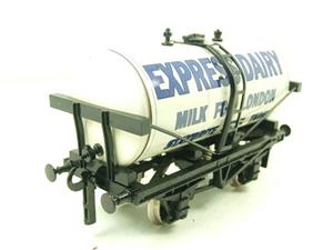 "Ace Trains O Gauge GM1 ""Express Dairy"" Milk Tanker Wagon image 5"