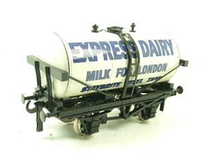 "Ace Trains O Gauge GM1 ""Express Dairy"" Milk Tanker Wagon image 8"