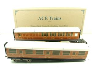 Ace Trains Wright Series O Gauge LNER All 3rd Pair of Articulated Coaches Set image 1
