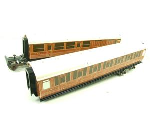 Ace Trains Wright Series O Gauge LNER All 3rd Pair of Articulated Coaches Set image 2