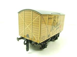 "Darstaed O Gauge MR Advertising Van ""Bass"" R/N 91201 Ltd Edition Boxed image 10"