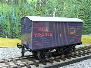 "Ace Trains O Gauge Private Owned ""Ace Trains"" Goods Van Tinplate image 2"