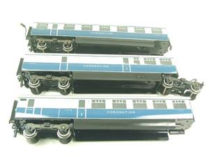 "Ace Trains O Gauge C7 LNER ""Record Breaking Set"" Articulated x6 Coaches Coronation Set 3 Rail image 7"