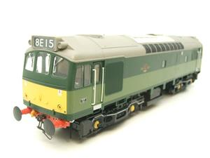 Heljan O Gauge Item 2555 BR Two Tone Green Class 25 Type 2 WSYP Diesel Loco Electric Bxd image 2
