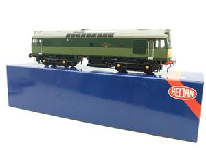 Heljan O Gauge Item 2555 BR Two Tone Green Class 25 Type 2 WSYP Diesel Loco Electric Bxd image 3