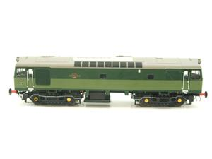 Heljan O Gauge Item 2555 BR Two Tone Green Class 25 Type 2 WSYP Diesel Loco Electric Bxd image 5