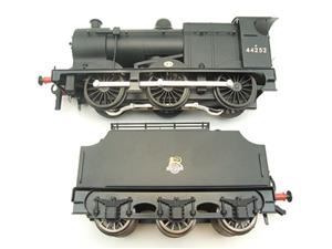 Ace Trains O Gauge E5G Fowler 4F Class 0-6-0 Loco and Tender R/N 44252 Early BR Logo Satin Black image 6