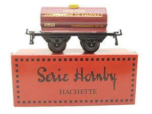 "Hornby Hachette Series French O Gauge ""Vins Fins Cooperative De Panzoult"" Tanker Wagon NEW Boxed image 1"