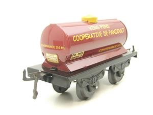 "Hornby Hachette Series French O Gauge ""Vins Fins Cooperative De Panzoult"" Tanker Wagon NEW Boxed image 6"