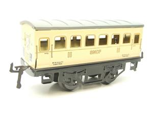 "Hornby Hachette Series French O Gauge ""SNCF"" White 2nd Class Coach NEW Boxed image 4"