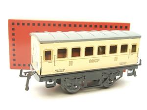 "Hornby Hachette Series French O Gauge ""SNCF"" White 2nd Class Coach NEW Boxed image 10"