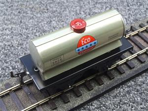 "Hornby Hachette Series French O Gauge ""ECO Essence"" Silver Tanker Wagon NEW Boxed image 7"