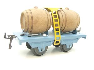 "Hornby Hachette Series French O Gauge Blue ""Wine"" Beer Double Barrel Wagon NEW Boxed image 4"