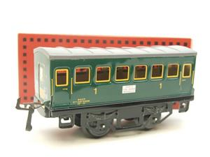 "Hornby Hachette Series French O Gauge ""SNCF"" Green 1st Class Coach NEW Boxed image 10"