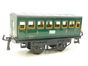 "Hornby Hachette Series French O Gauge ""SNCF"" Green 3rd Class Coach NEW Boxed image 4"