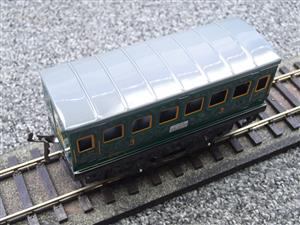"Hornby Hachette Series French O Gauge ""SNCF"" Green 3rd Class Coach NEW Boxed image 7"