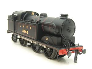 Ace Trains O Gauge E11A LNER Satin Black N2 Class 0-6-2 Tank Loco R/N 4744 Electric 2/3 Rail Boxed image 2
