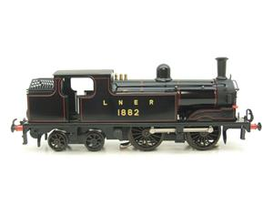 Ace Trains O Gauge E25/S-B1 LNER Black G5 Tank Loco R/N 1882 & Coaches Set Electric 2/3 Rail NEW Bxd image 5