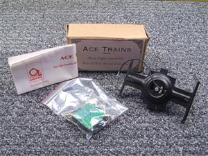 Ace Trains O Gauge RL/1 Rear Light/Power Pick it Bogie Assembly For ACE Series Coaches image 2