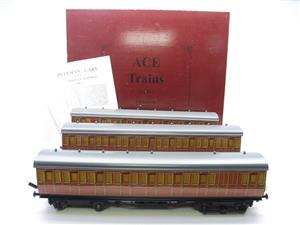 "Ace Trains O Gauge C27/S LT ""London Transport"" Coaches  x3 Coach Set Boxed 3 Rail image 1"