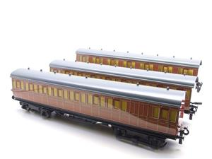 "Ace Trains O Gauge C27/S LT ""London Transport"" Coaches  x3 Coach Set Boxed 3 Rail image 3"