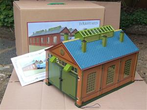 Darstaed O Gauge ES2 Double Track Engine Shed Electric Boxed image 1