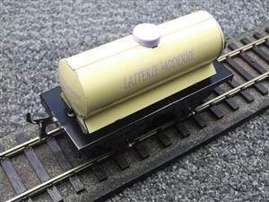 "Hornby Hachette Series French O Gauge No.15 Nord ""Laiterie Moderne"" White Tanker Wagon NEW Pack image 7"