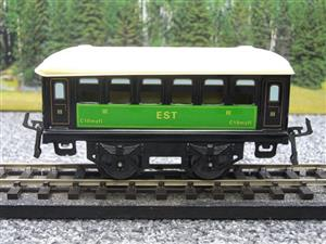 "Hornby Hachette Series French O Gauge No.23 Green & Black ""EST 3rd Class Passenger Coach NEW Pack image 5"