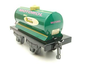 "Hornby Hachette Series French O Gauge No.40 ""MOTOROL"" Green Tanker Wagon NEW Pack image 6"